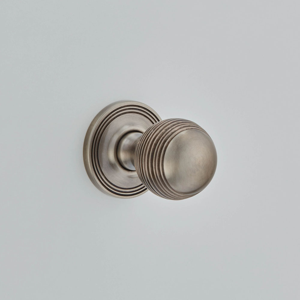 Reeded Ball
