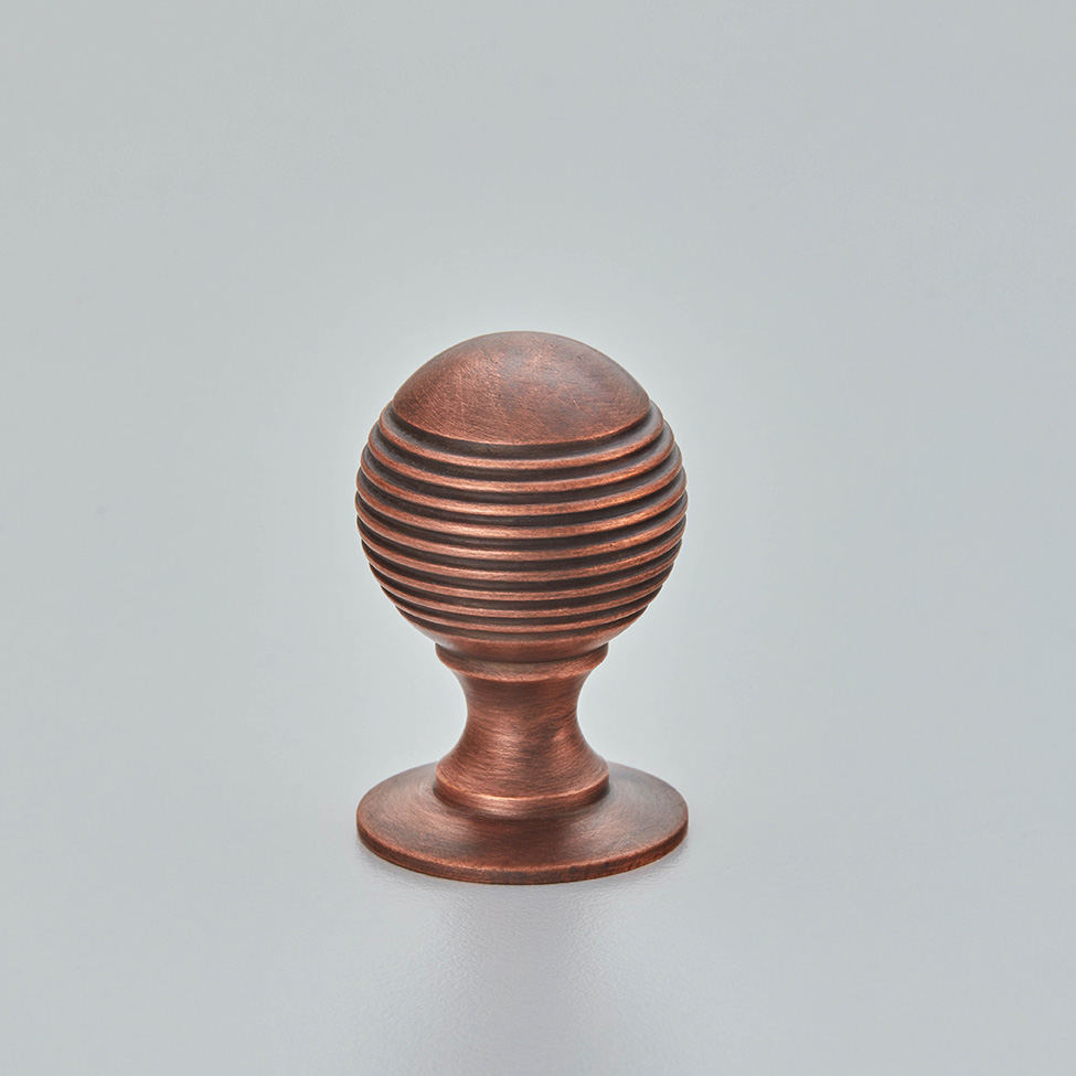 Reeded Ball Cabinet Knob