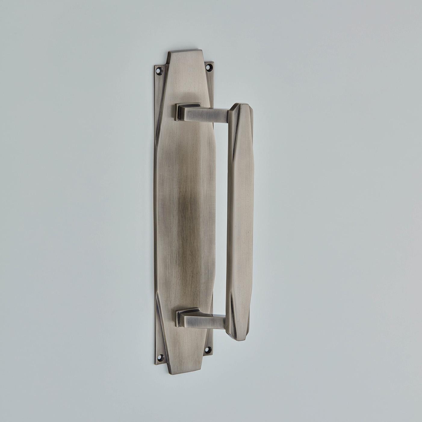 Art Deco Pull Handle on Backplate